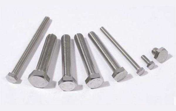How to choose a good bolt factory