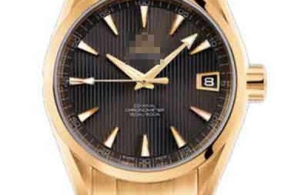 The Revolutionary TAG Heuer Monaco V4 Watch