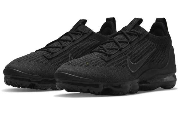 The Nike Vapormax Flyknit 2021 Triple Black Kicks Off The 2021