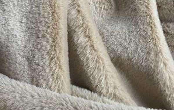 Shearing Time Of Rabbit Fur Fabric