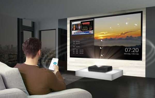 Movies of 2021 and how to make a home cinema to watch them?