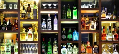 4 Simple Benefits Of Buying Liquor Online   Bottle Knows
