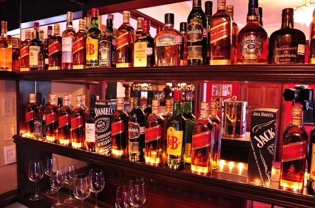 How To Find Best Late Night Liquor Store Near You That Offers Delivery