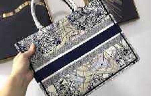 Added benefits of buying Designer Diaper Luggage