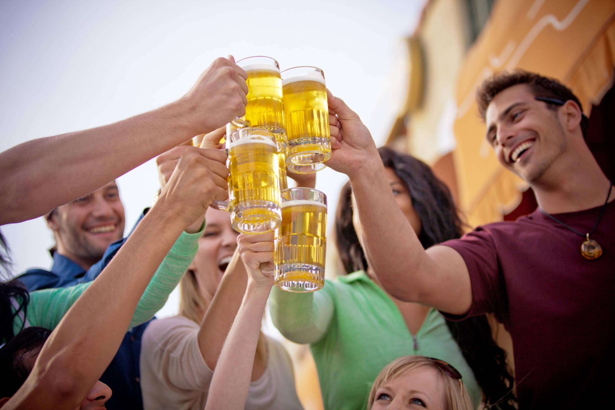 5 Drinking Tips For Family Reunions   Buy Liquor Online Calgary